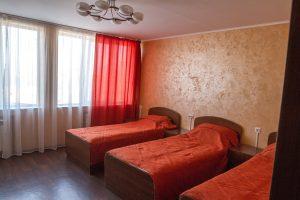 Три спальных места