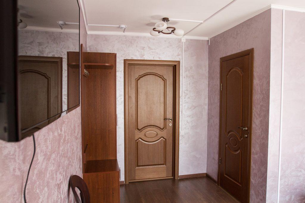 Одноместный №3 — стоимость одноместного номера 2200 руб. в сутки.